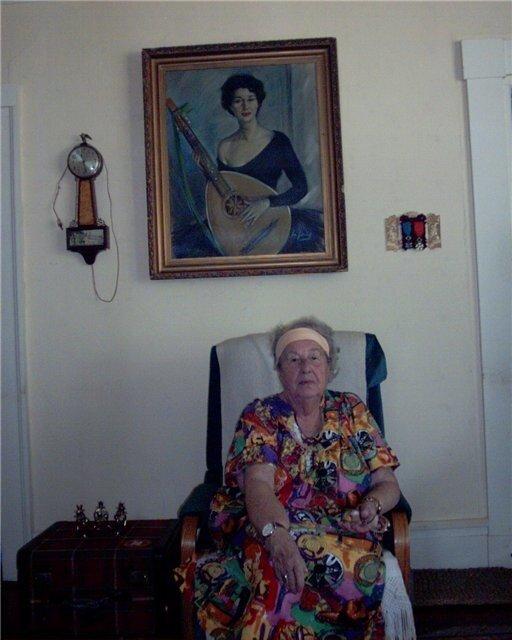 Анна Марли в своем доме. Сентябрь 2003 года