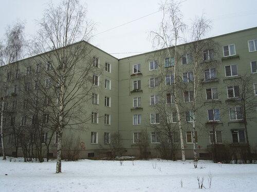 Пражская ул. 16