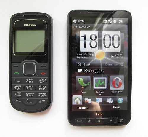 HTC HD2 и Nokia 1202
