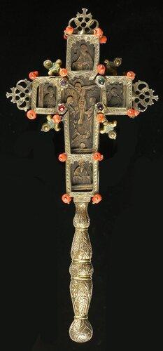 КРЕСТ HАПРЕСТОЛЬНЫЙ (?) ГРЕЦИЯ XVIII ВЕК <br />РЕВЕРС. 11 x 9 см.