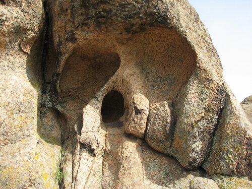 """""""Каменные могилы"""" 10 мая 2010 и немного дельше 0_569a6_d8fa52f3_L"""