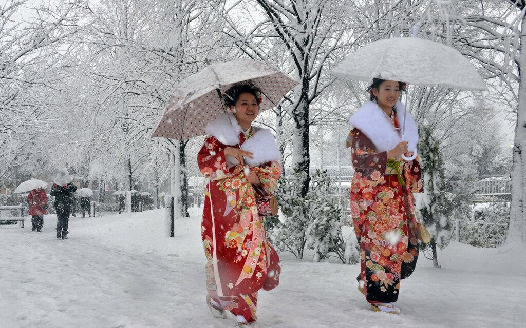 TOPSHOTS-JAPAN-WEATHER-SNOW