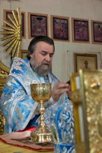Епископ Всеволод в Покровском соборе Барнаула