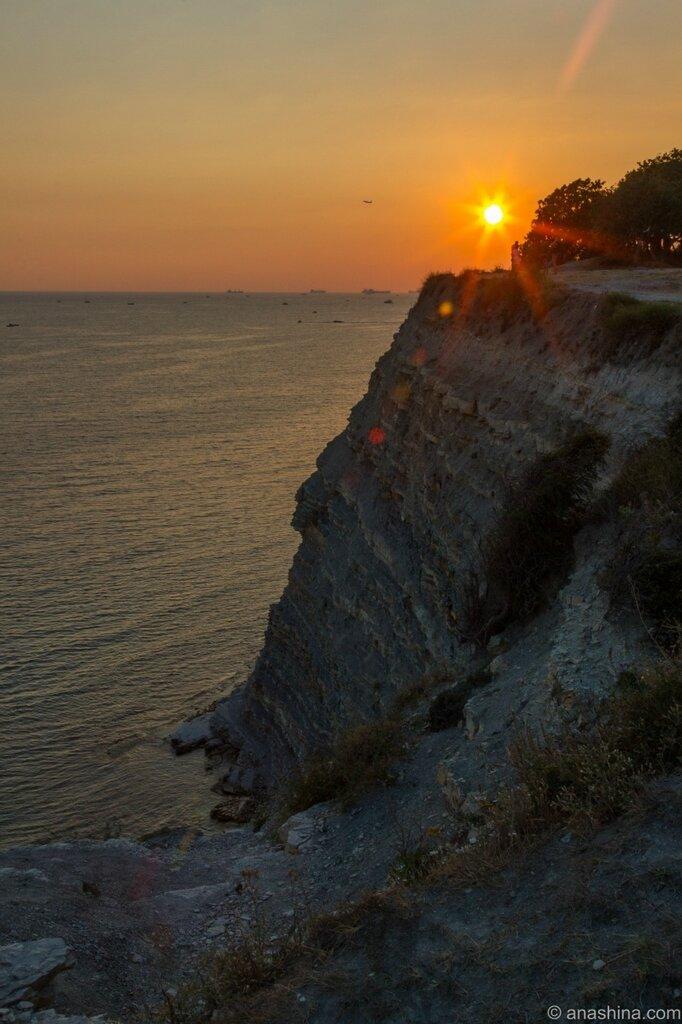 Закат, Толстый мыс, Черное море, Геленджик