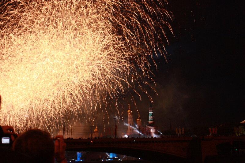 9 мая 2010. Салют над Кремлём