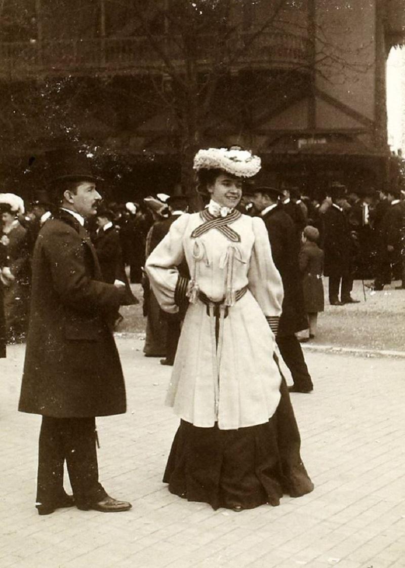 Longchamp 1900.jpg