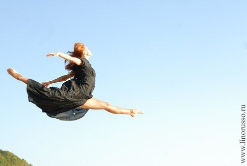 Балерина в черном