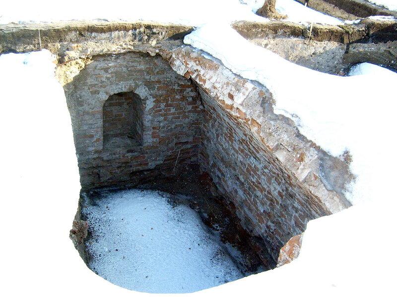 Раскопки Воскресенского собора