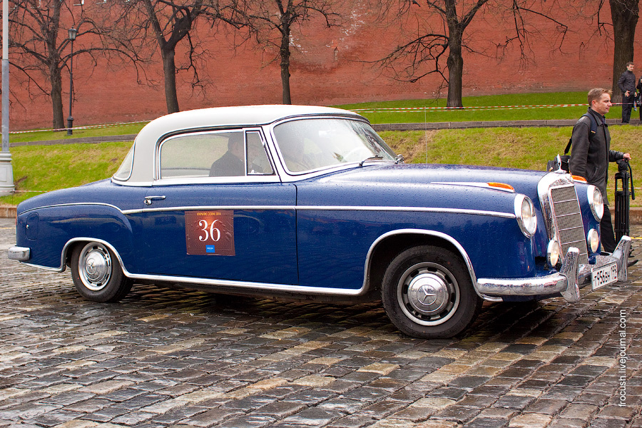 Mercedes-Benz 220S W180 Coupe