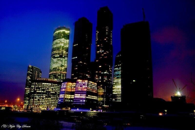 http://img-fotki.yandex.ru/get/4312/night-city-dream.f/0_2586a_60796365_XL.jpg