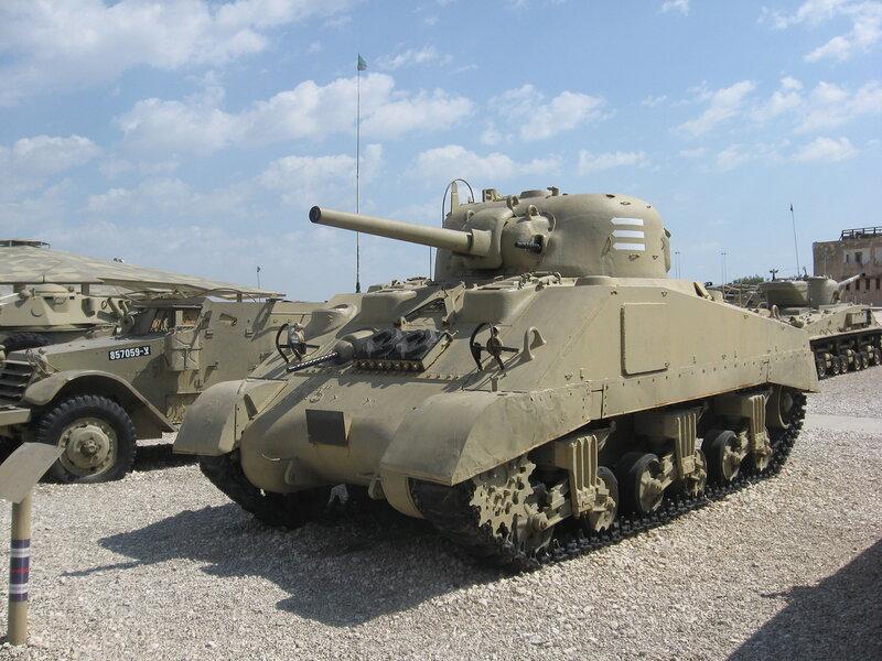 уходе разбитое музей танков в израиле фото франжипани