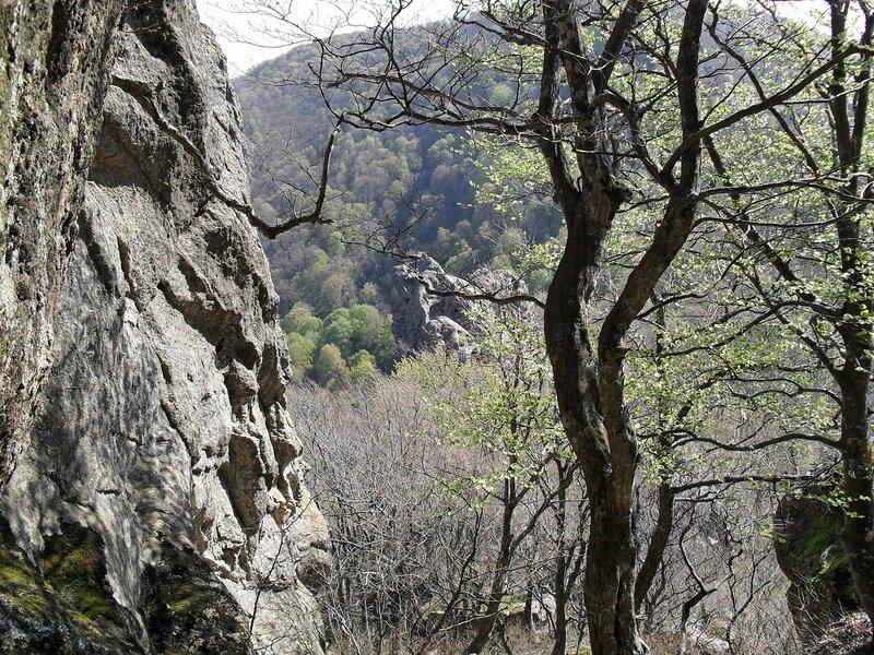 Скалы вершины Индюка