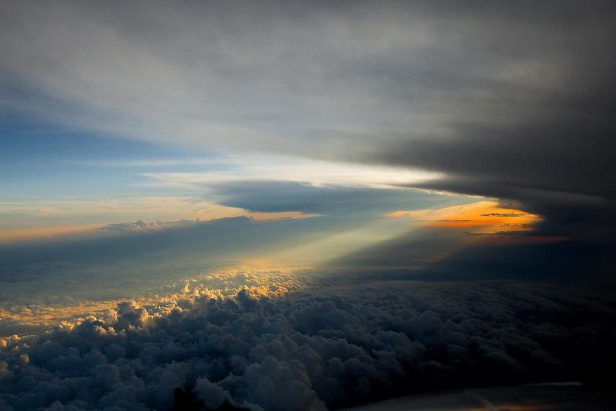 картинка высоко над землей строю иллюзий поводу