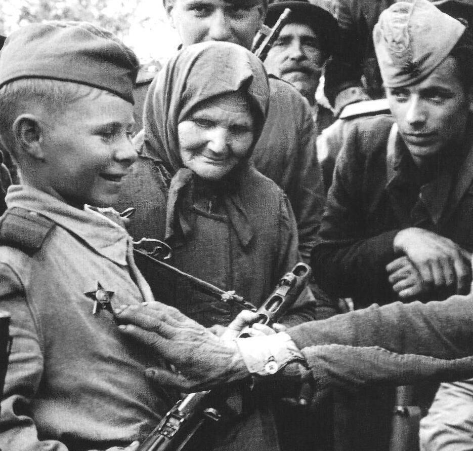 Soviet_Child_Soldier.JPG