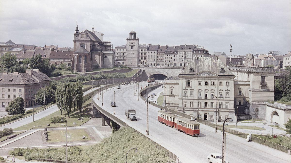 Warsaw by Zbyszko Siemaszko 1961-68a.jpg