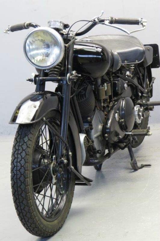 Brough-Superior-1939-1150-62581-6.jpg