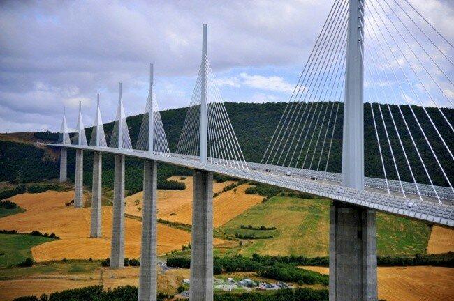 Мост Мийо, Франция