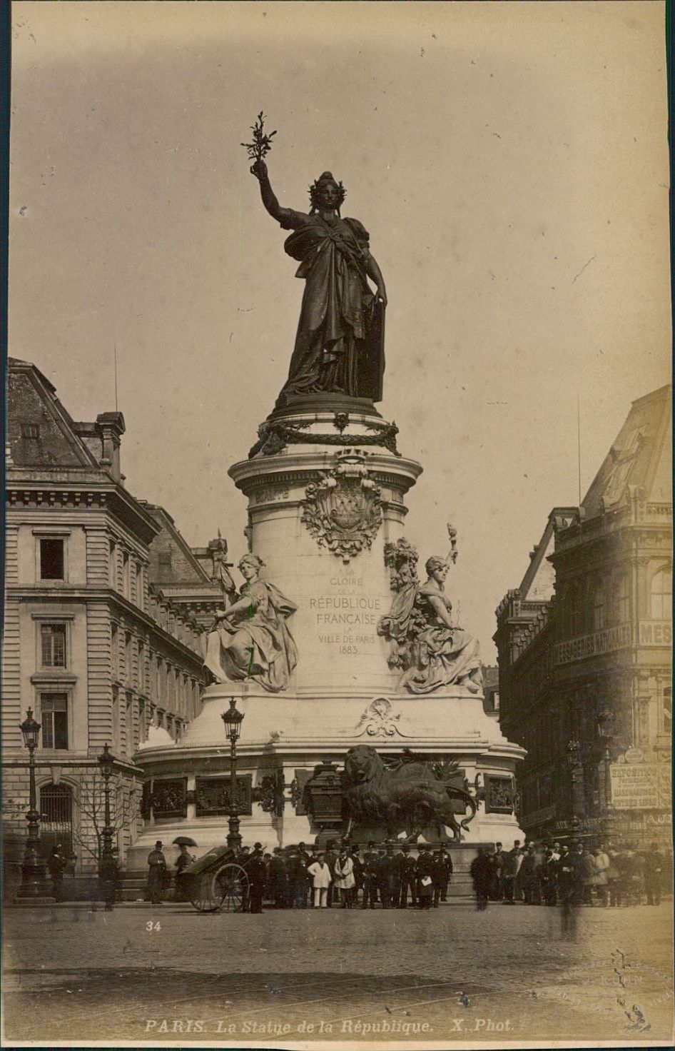 1889. Статуя Республики