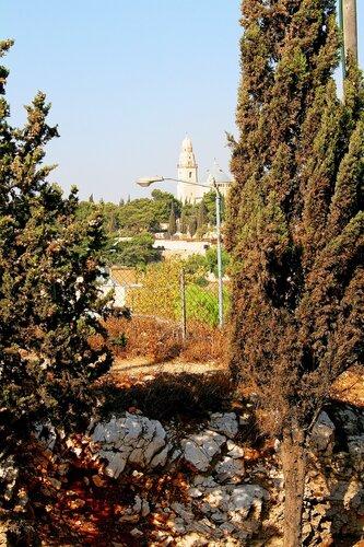 По Иерусалиму