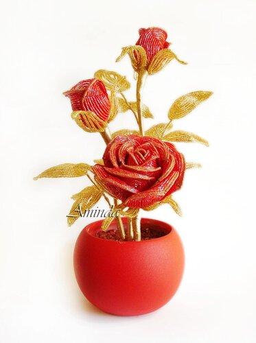 Посмотреть все фотографии к статье.  Пользователь.  Бисерная композиция из роз (мастер-класс). aminda.