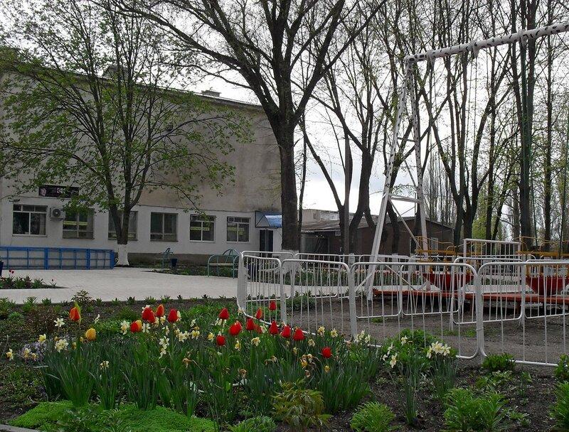 Апрельский тюльпановый рай в Ахтарях. (28)