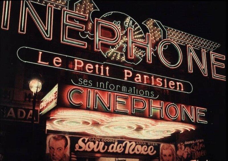 1935, 100 rue du Faubourg Saint-Antoine by Leon Gimpel.jpg