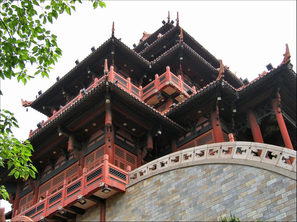 Реконструкция чуской башни, Ухань