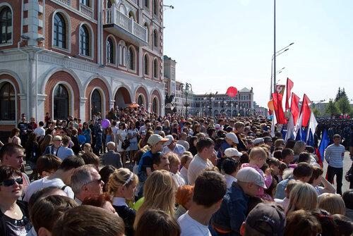 Парад :9 мая 2010 в Йошкар-Оле