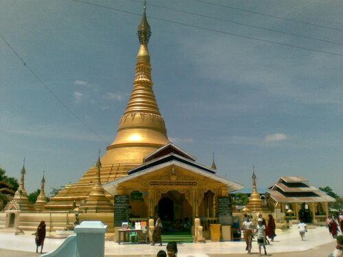 Монастырь в Пьяпоне