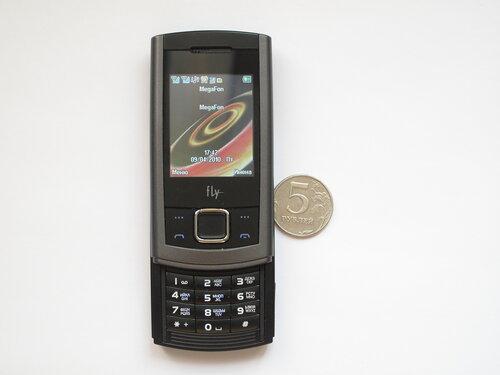 Мобильный телефон Fly SL140 DS