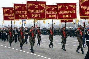 Парад Победы в Хабаровске украсил женский батальон