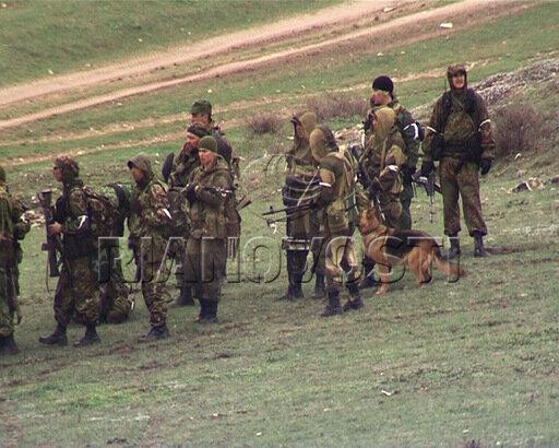 Силовики преследуют группу боевиков на границе Чечни и Дагестана