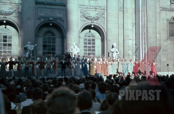 stock-photo-salzburger-festspiele-austria-1946-10946.jpg