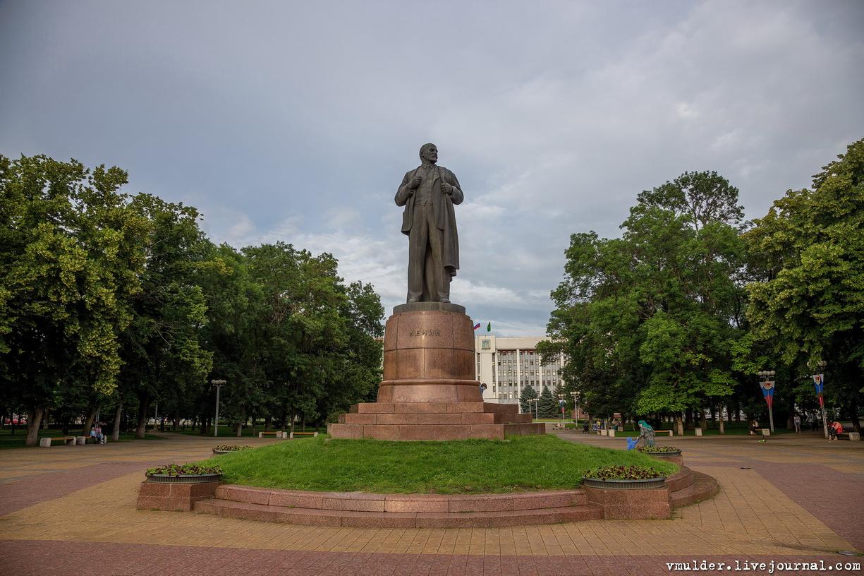Памятники тюмень фото Майкоп двойной памятник на могилу цена Новый Уренгой