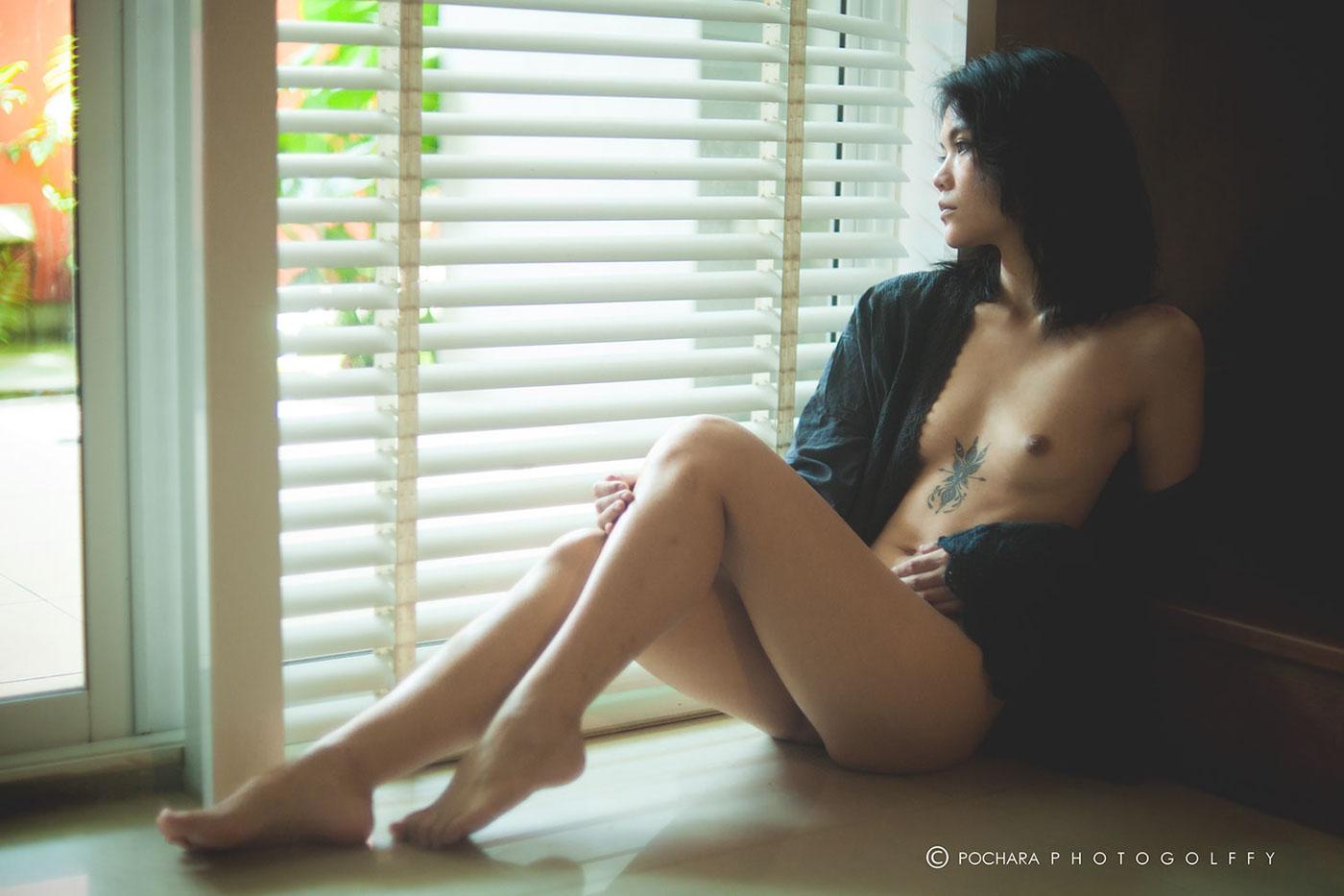 Eva by Pochara Photogolffy