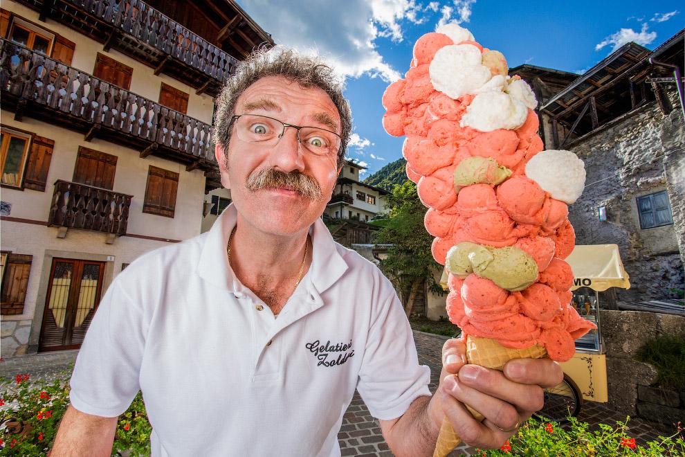 14. У этого человека самый большой в мире рот – 8.8 см. (Фото Richard Bradbury | Guinness World