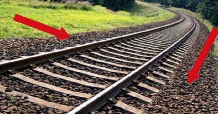 В поездах можно путешествовать как на огромные расстояния (достаточно вспомнить Транссибирскую ЖД ма