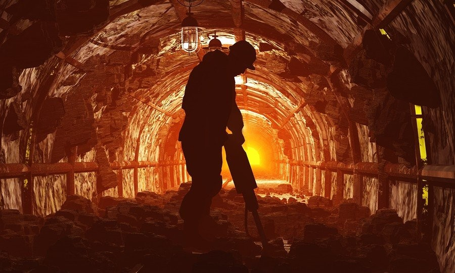 7. Шахтер-угольщик Эта работа не только одна из самых грязных, но и неимоверно опасная. Ежедневно ша