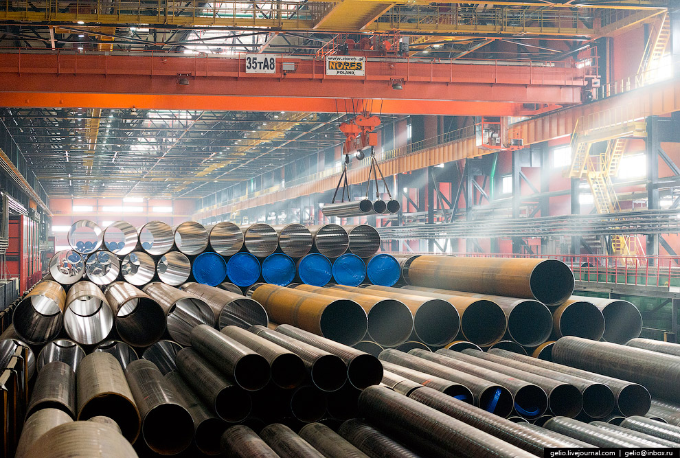 53. Завод располагает мощностями для производства стальных труб практически всех типоразмеров.