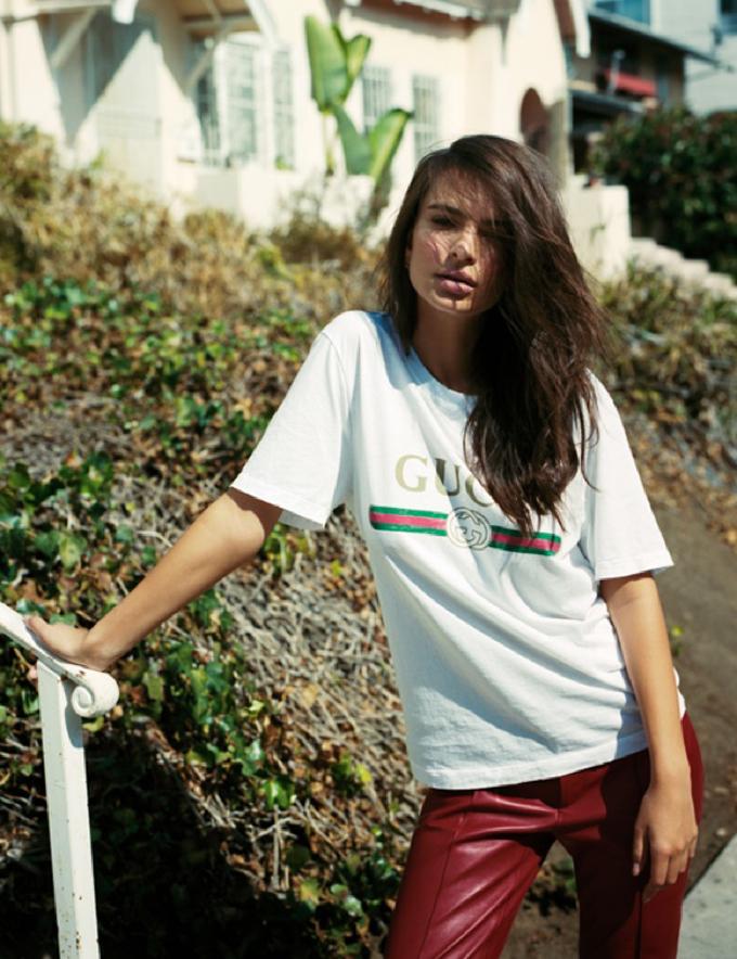 Эмили Ратаковски на страницах Oyster Magazine (6 фото)