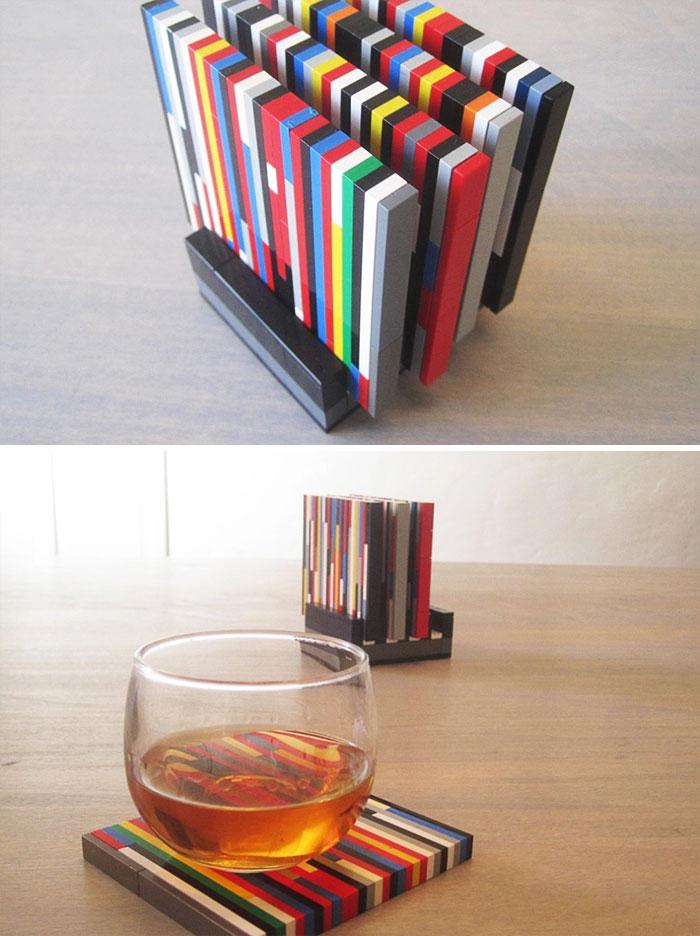 Подставки под стаканы из кубиков Lego.
