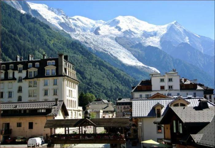 Эта горная долина подарит туристам незабываемые впечатления. Тут соединяются четырнадцатикилометровы