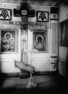 Часть интерьера монастырского храма.