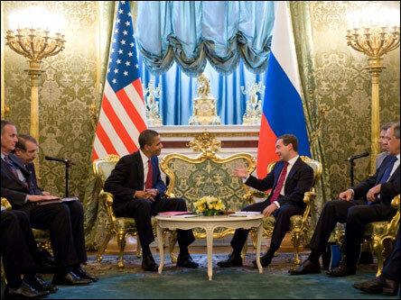 Тайны встречи Обамы и Медведева в Москве (фоторепортаж)