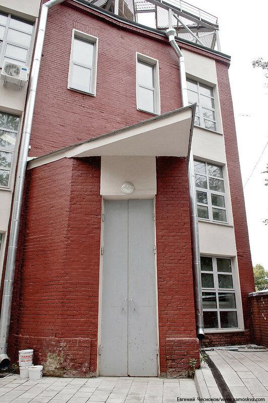 08Б. Театр Виктюка. фасад. 09.09.16.15..jpg
