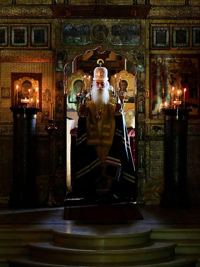 Владыка под колокольней на Рогожском