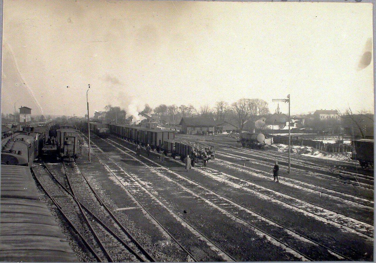 66 Вид железнодорожных путей вблизи станции. Галиция, ст. Дембица
