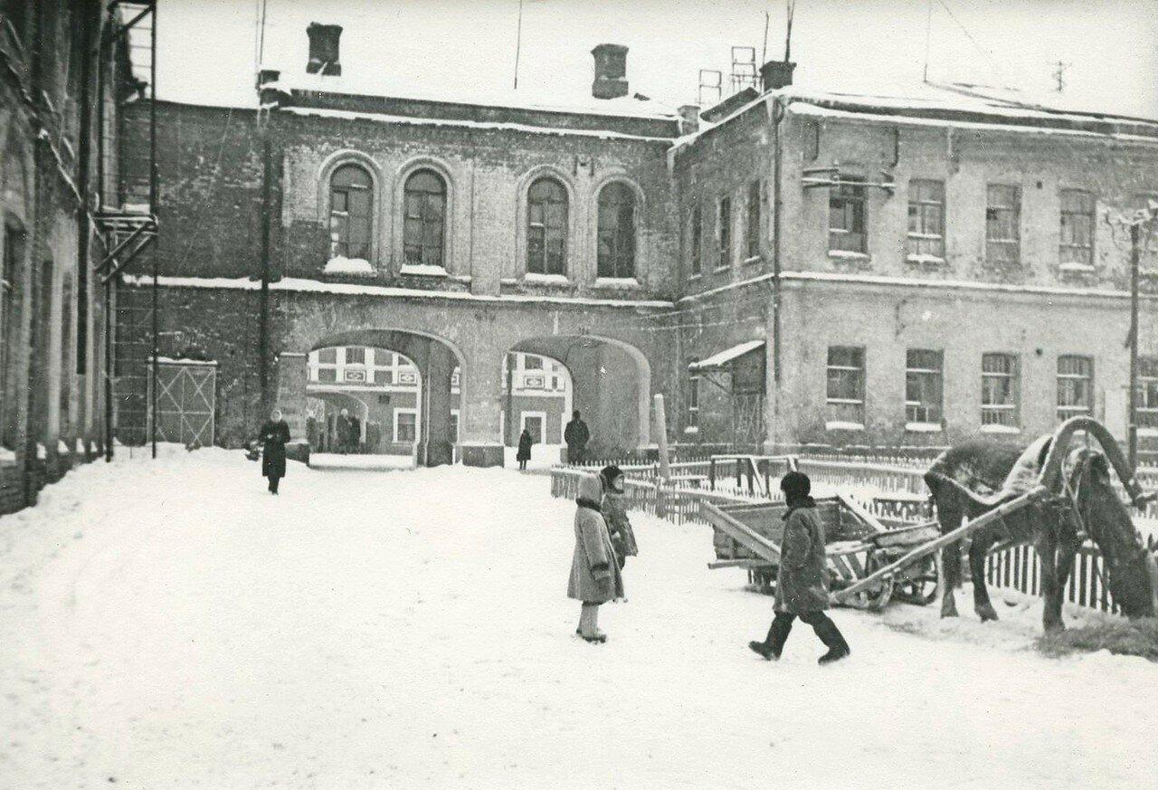 1960. Школьная улица