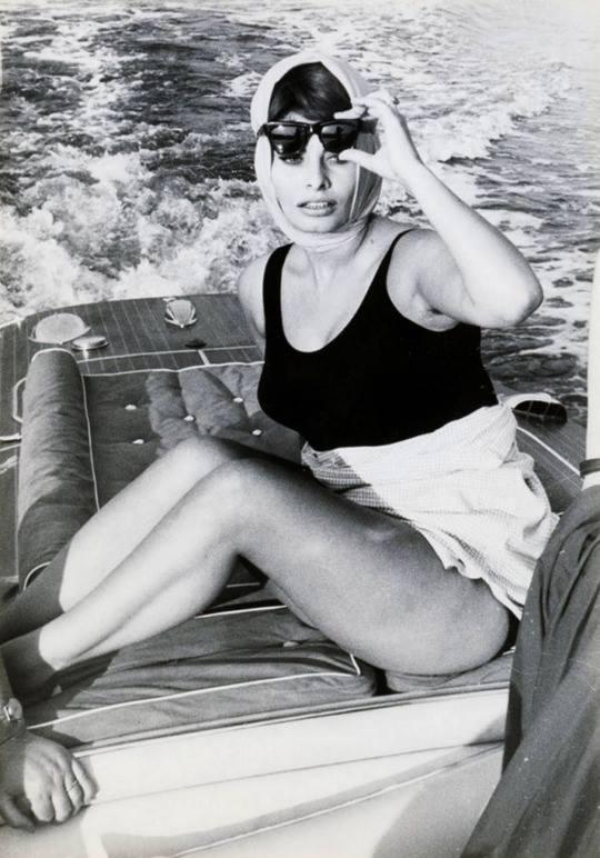 Sophia Loren in Venice, 60s.jpg