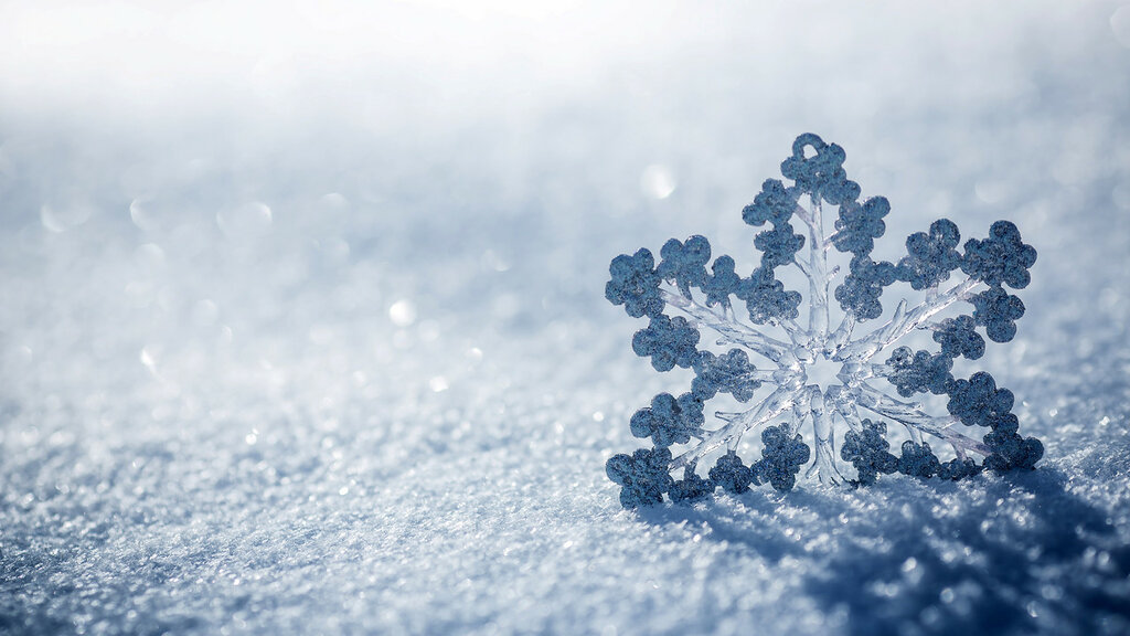 Ice-Snowflake-HD-Wallpaper.jpg